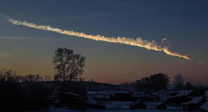 Rauchspur des Meteors von Tscheljabinsk